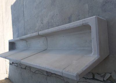 Sheep feed troughs with stop ends